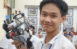 """Hơn 500 """"kỹ sư robot"""" nhí tham gia ngày hội Robothon 2016"""