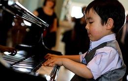 """Thần đồng piano 5 tuổi từng làm nước Mỹ """"điên đảo"""" sẽ về Việt Nam"""