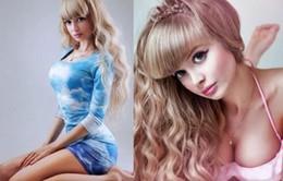 Đẹp mọi góc nhìn, người mẫu Nga vẫn 'không một mảnh tình vắt vai'