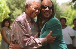 'I Just Called To Say I Love You': Bài hát đầy ánh sáng của Stevie Wonder