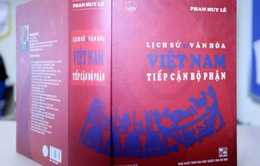 GS Phan Huy Lê nhận giải thưởng Hồ Chí Minh đợt V về sử học