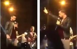 Ca sĩ 'soái ca' dừng buổi diễn cứu cô gái bị đám thanh niên sàm sỡ