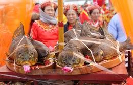Độc đáo Lễ rước cá khai hội đền Trần - Thái Bình 2017