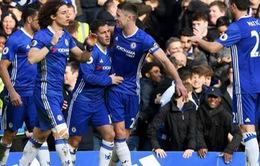Gary Neville: 'Cần thắng 13, 14 trận liên tiếp để bắt kịp Chelsea. Ai làm được?'