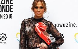 """""""Siêu vòng 3"""" J.Lo bị kiện vì… lười dùng mạng xã hội"""