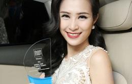 Đông Nhi nhận giải Top 50 người phụ nữ ảnh hưởng nhất Việt Nam