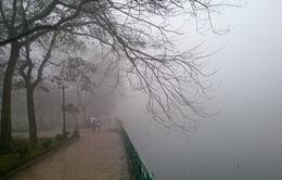 Dự báo thời tiết: Miền Bắc sương mù, mưa nhỏ, miền Nam mưa rào