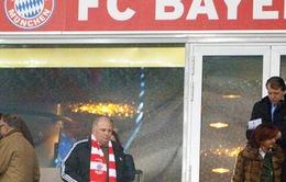 Sắp vào tù, Uli Hoeness vẫn dự trận Bayern - Arsenal