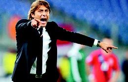 Conte có điên rồ nếu dùng 4-2-4 ở EURO 2016?
