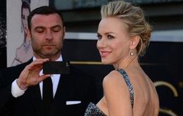 Naomi Watts vẫn thân thiết với bạn trai cũ