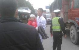 Tấn công bằng dao vào học sinh tiểu học chấn động Trung Quốc