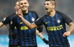 Siêu phẩm 'xe đạp chổng ngược' khó tin của cầu thủ Inter ở Coppa Italia