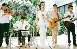 Làm quý cô thập niên 60, Giang Hồng Ngọc hát 'Xin còn gọi tên nhau' kiểu mới