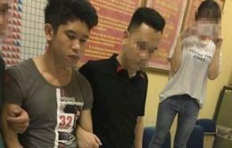 Cảnh sát Hà Nội nổ súng bắt kẻ vận chuyển 29 bánh heroin bằng xe Fortuner