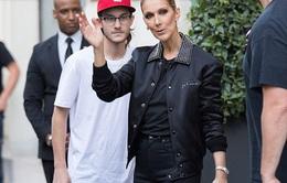 Celine Dion ra phố cùng con trai