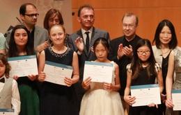 Thiếu nữ 13 tuổi Việt về Nhất cuộc thi piano danh giá quốc tế