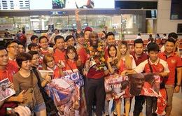 Sol Campbell bất ngờ trước fan hâm mộ TP Hồ Chí Minh