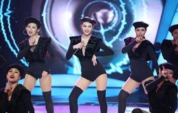 Minh Hằng khoe vòng eo con kiến trong chung kết Bước nhảy ngàn cân 2017