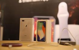iPhone X không khan hàng như dự báo, giới phân tích đã… sai bét?