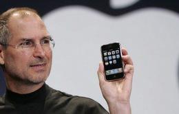 Tròn 10 năm chiếc iPhone đầu tiên chính thức được bán ra làm cả thế giới thay đổi