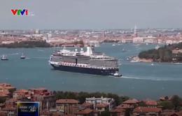 Italy hạn chế tàu du lịch cỡ lớn đi qua trung tâm thành phố Venice