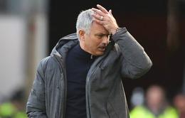 Mourinho: Man Utd rất chậm chạp