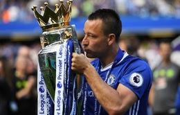 Cựu thủ quân Chelsea John Terry chính thức đầu quân cho đội bóng hạng Nhất