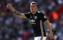 Phil Jones nêu lý do đối thủ nên sợ Man Utd
