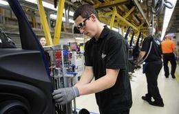 Kinh tế Anh tăng trưởng thấp nhất trong 4 năm