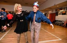 Niềm đam mê khiêu vũ của cụ ông 103 tuổi tại Mỹ