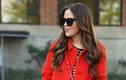 Gam màu đỏ nổi bật cho trang phục ngày Tết