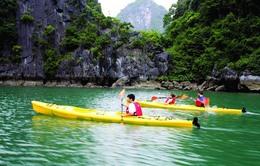 Bất hợp lý lệnh cấm chèo thuyền kayak