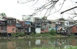 TP.HCM xem xét cấp phép xây dựng nhà ven kênh rạch