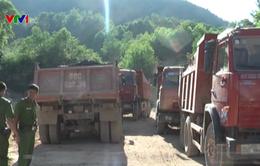 Kiên Giang bắt quả tang 6 đối tượng khai thác đá, sỏi trái phép