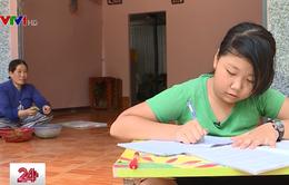 Khát khao đến trường của cô bé mang bệnh ung thư máu