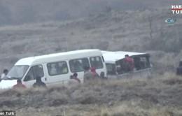 Thổ Nhĩ Kỳ: Rơi 3 khinh khí cầu, 49 du khách bị thương