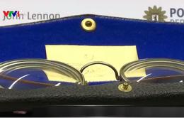 Những kỉ vật bị đánh cắp của John Lennon
