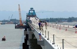 Sắp thông xe kỹ thuật cầu vượt biển dài nhất Đông Nam Á