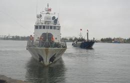 Cảnh sát biển đồng hành cùng ngư dân bám biển