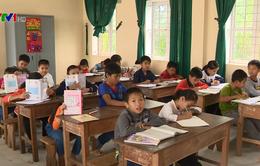 Hưng Yên: Buộc phụ huynh viết đơn tự nguyện cho con học thêm để lạm thu