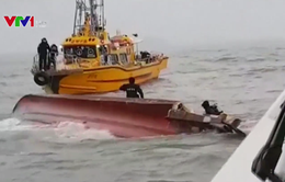 Lật tàu cá ở Hàn Quốc, 13 người thiệt mạng