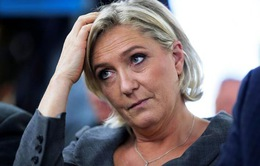 Bà Marine Le Pen bị điều tra