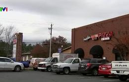 Hơn 60 nhân viên bị ngộ độc thực phẩm sau tiệc nhân Lễ Tạ ơn