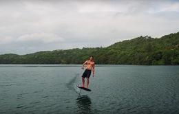Ván lướt trên mặt nước thế hệ mới cho cảm giác như bay trên mặt nước