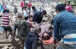 Colombia chạy đua với thời gian tìm kiếm người mất tích trong vụ lở đất