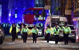 Vụ đâm xe tải trên cầu London: Ít nhất 1 người thiệt mạng