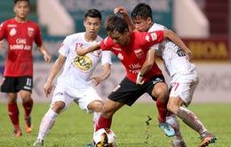 Vòng 18 V.League: HAGL thua đội cuối bảng, CLB Quảng Nam thắng ngược FLC Thanh Hóa
