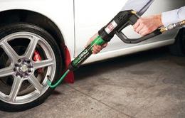 Bơm khí nitơ - Giải pháp hạn chế tai nạn giao thông do nổ lốp