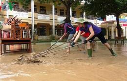 Học sinh vùng lũ ở Bình Định phải lùi lịch thi học kỳ 1 tuần