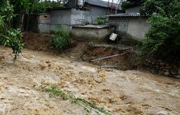 Mưa lớn kéo dài, nguy cơ lũ quét và sạt lở đất ở miền núi phía Bắc